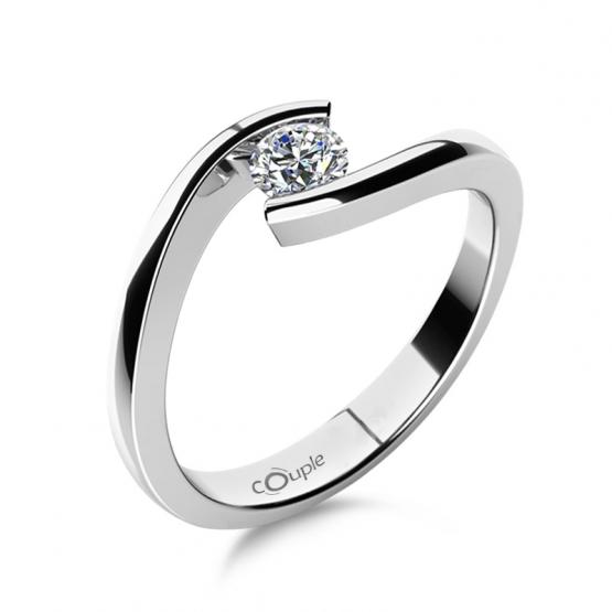 Minimalistický zásnubní prsten Freya se zirkonem