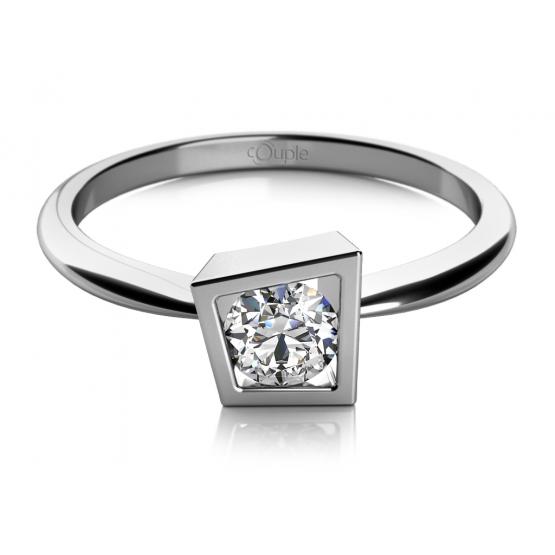 Asymetrický zásnubní prsten Lis v bílém zlatě