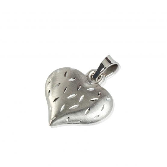 Zajímavý přívěsek ve tvaru srdce, bílé zlato