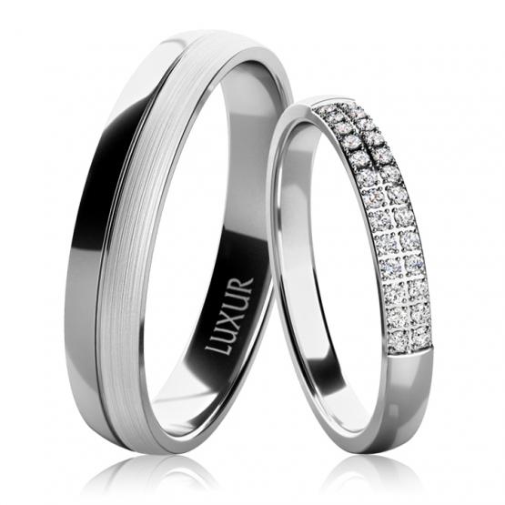 Luxur, Snubní prsteny Mark