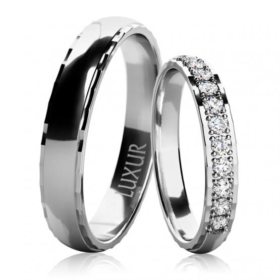 Luxur, Snubní prsteny Noemi