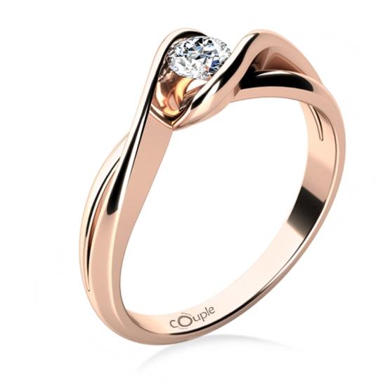 Působivý zásnubní prsten Annie, růžové zlato a zirkon