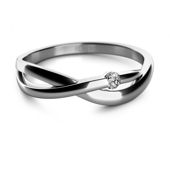 Zásnubní prsten Odette v bílém zlatě s briliantem