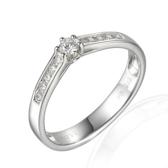 Elegantní zásnubní prsten Addison, bílé zlato s brilianty